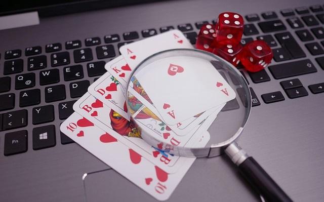 Además del servicio web que brindan todas las casas de apuestas, los mejores casinos online fiables cuentan con diversas modalidades que les permiten adaptarse al gusto de sus clientes