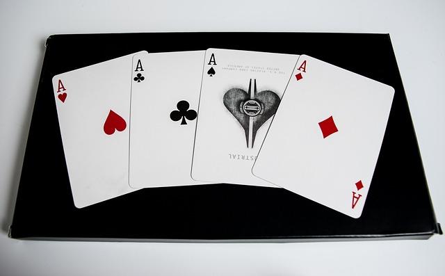 Los programas de tv como High Stakes Poker y también Pokerstars, entre otros, han captado la atención de millones de usuarios de tv