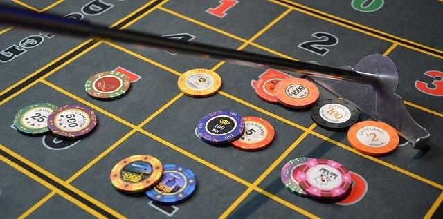 Entre los trucos y estrategias de ruleta, el redoble eterno o Martingala es la más famosa por su seguridad y su facilidad
