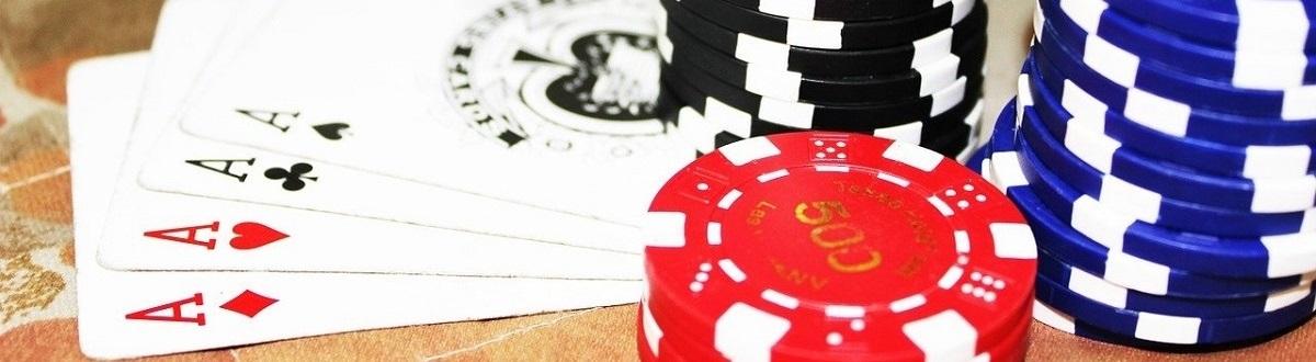 El próximo listado contiene enlaces para acceder a reseñas sobre los mejores bonos para poker, las aplicaciones para poker para móvil, y muchos juegos casino más
