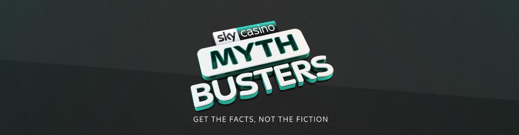 Skycasino tiene salas de ruleta y poker en su web.